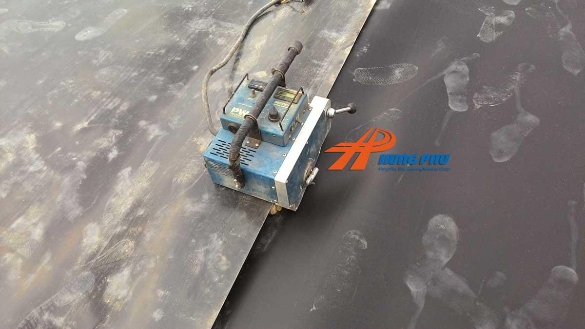 Máy hàn màng chống thấm HDPE