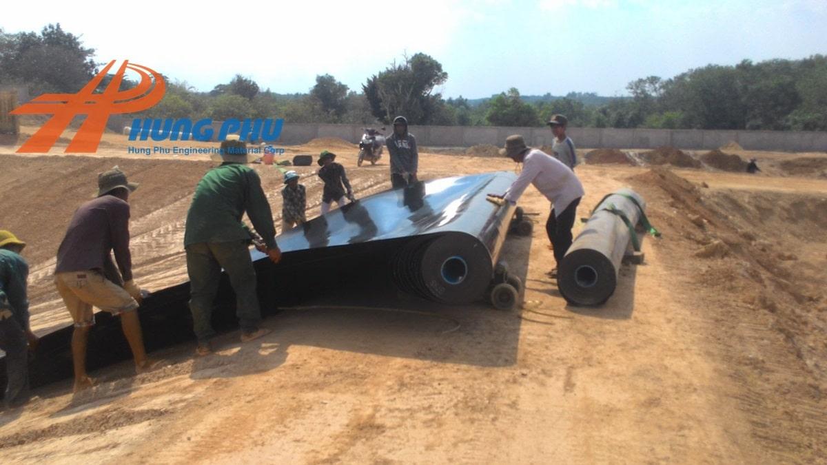 Cho thuê máy hàn bạt HDPE - Thi công màng chống thấm HDPE cùng chuyên viên Hưng Phú